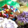 Venerdì 29 Novembre Ore 17:00 LABORATORIO DI PASTICCERIA Cupkake – dai 6 ai 10 anni Le cupcakes sono delle deliziose torte in miniatura. Vieni e scopri la ricetta per realizzarle...