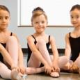 Da Paco Giochi CORSI DI BABY DANCE E DANZA MODERNA/HIP HOP per bambini dai 3 anni in su. I corsi si terranno tutti i Lunedì dalle ore 17.00 in poi...